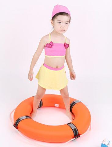 ชุดว่ายน้ำเด็ก