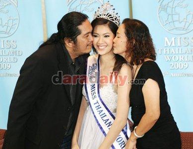 วิว พงศ์ชนก กันกลับ มิสไทยแลนด์เวิลด์ 2009