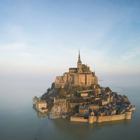 เหมือนฝัน มงต์ แซงต์ มิเชล วิหารกลางทะเล งดงามราวหลุดจากเทพนิยาย